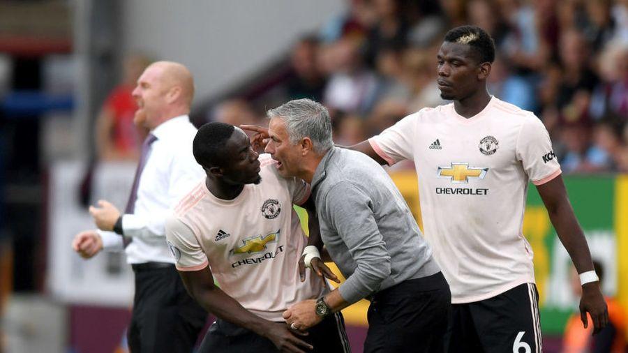 Mourinho bị sa thải, Pogba và Martial cam kết ở lại MU