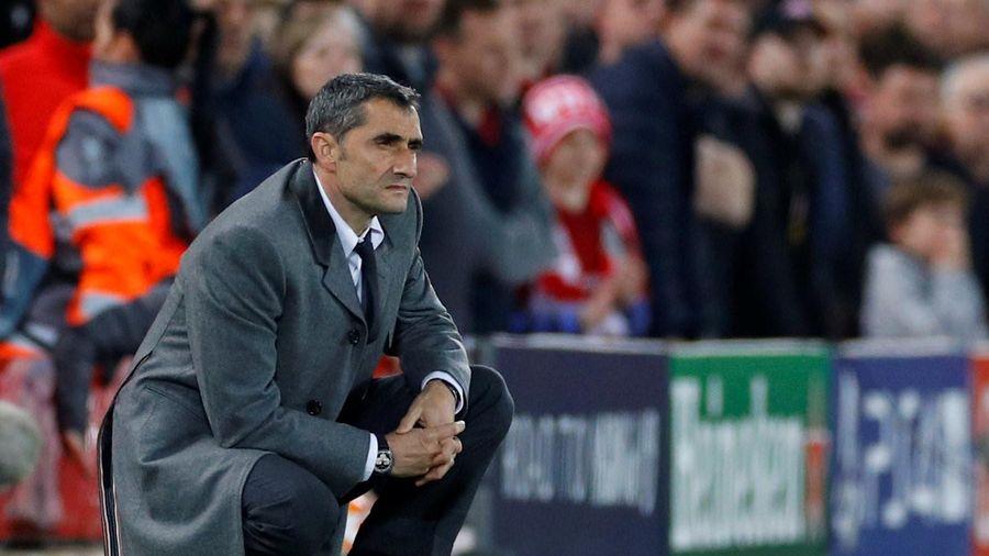 HLV Valverde sẽ bị Barcelona sa thải?