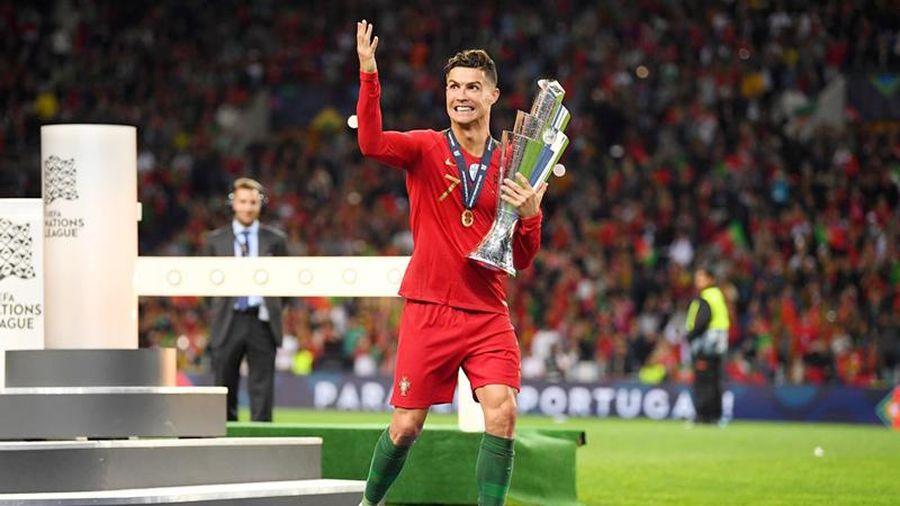 CHÙM ẢNH: Ronaldo và đồng đội lên ngôi vô địch Nations League